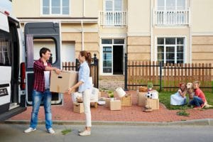Can a tenant leave at the end of the fixed term without notice?