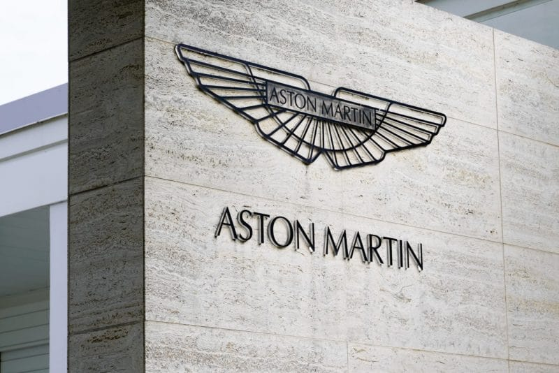 Aston Martin announces a plunge in profits after a disappointing December